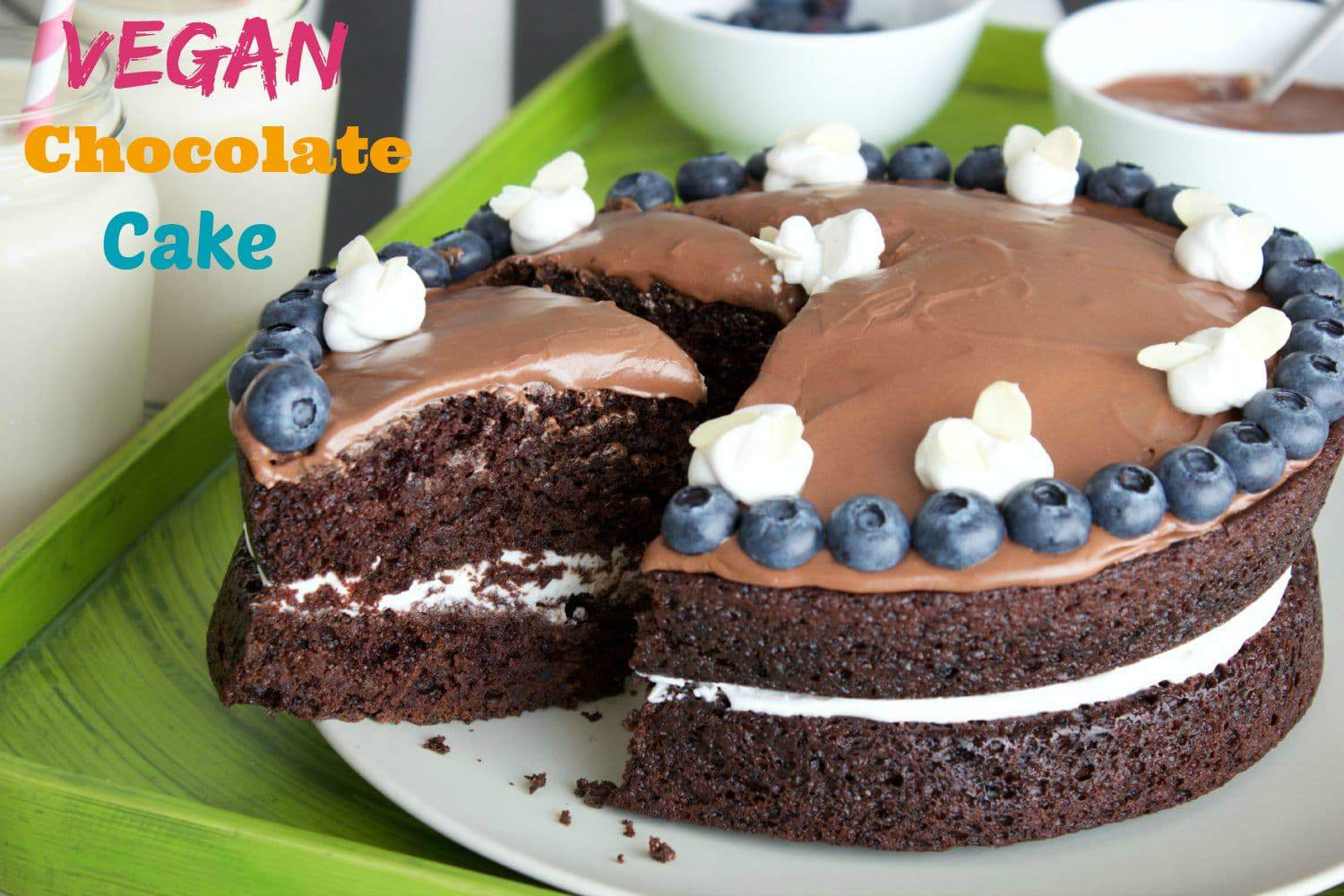 Easy Vegan Chocolate Cake with Whipped Coconut Cream Center #vegan # ...