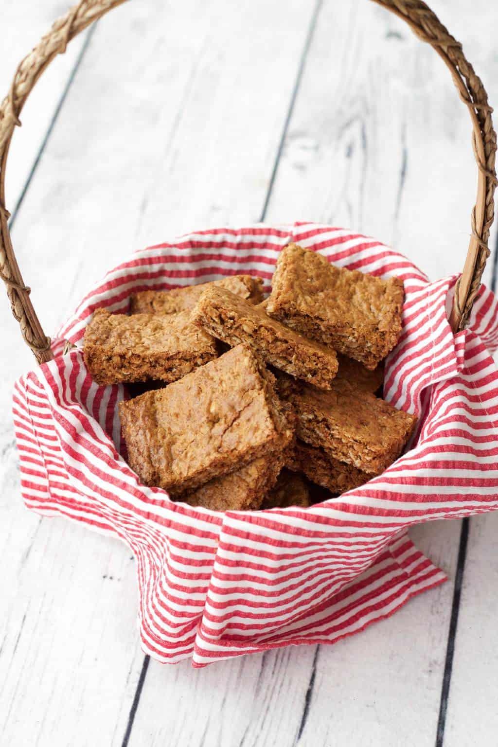 South African Inspired Oatmeal Crunchies! #vegan #dairy-free #dessert #lovingitvegan