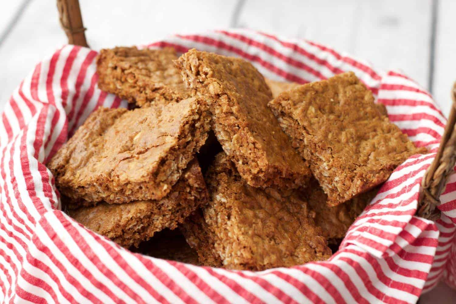 Hearty and wholesome South African Oatmeal Crunchies #vegan #dairy-free #lovingitvegan