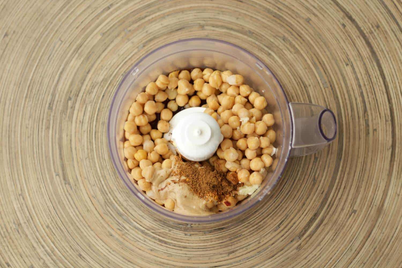 How to make spicy hummus! #vegan