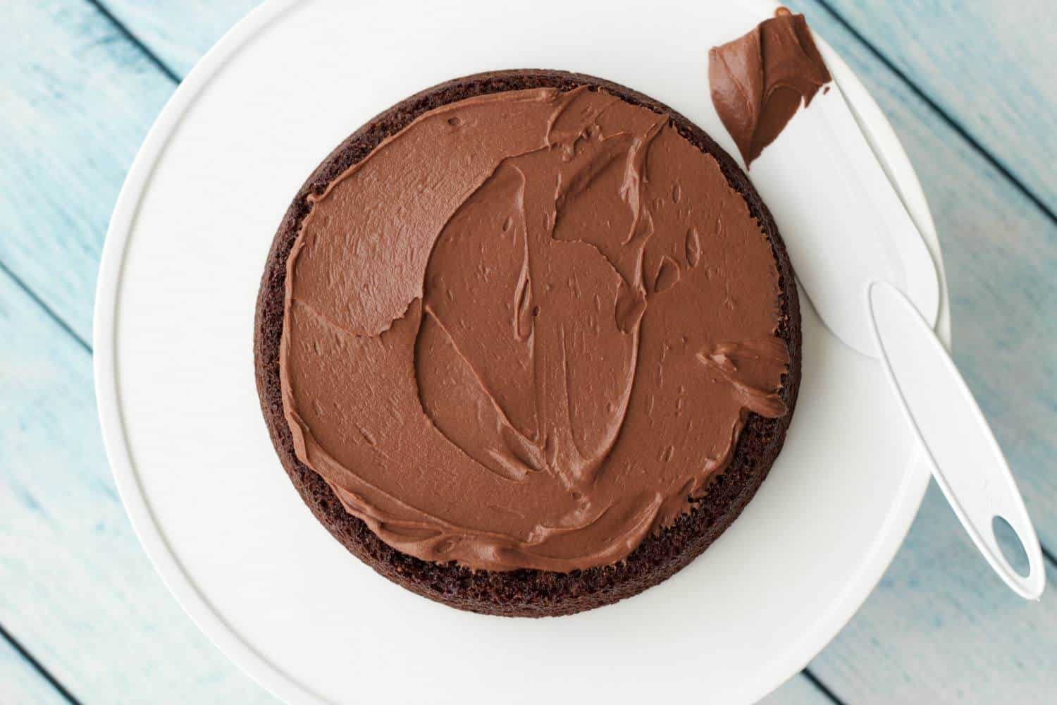 Vegan Chocolate Ganache Frosting - Loving It Vegan