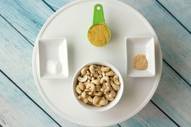 Ingredients for Vegan Parmesan Cheese #vegan #dairy-free #lovingitvegan