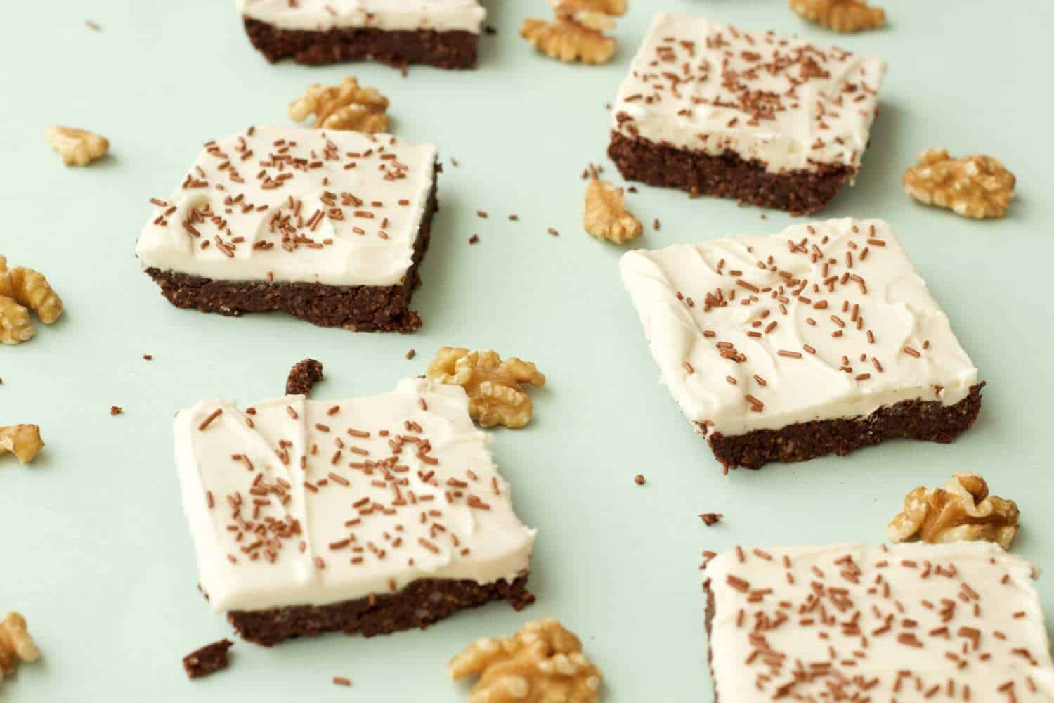 Vegan Top Deck No Bake Brownies #vegan #lovingitvegan #glutenfree #dairyfree #dessert