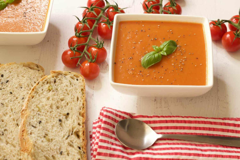 Rich and Creamy Tomato Soup #vegan #lovingitvegan #dairyfree #glutenfree #appetizer #soup #tomatosoup