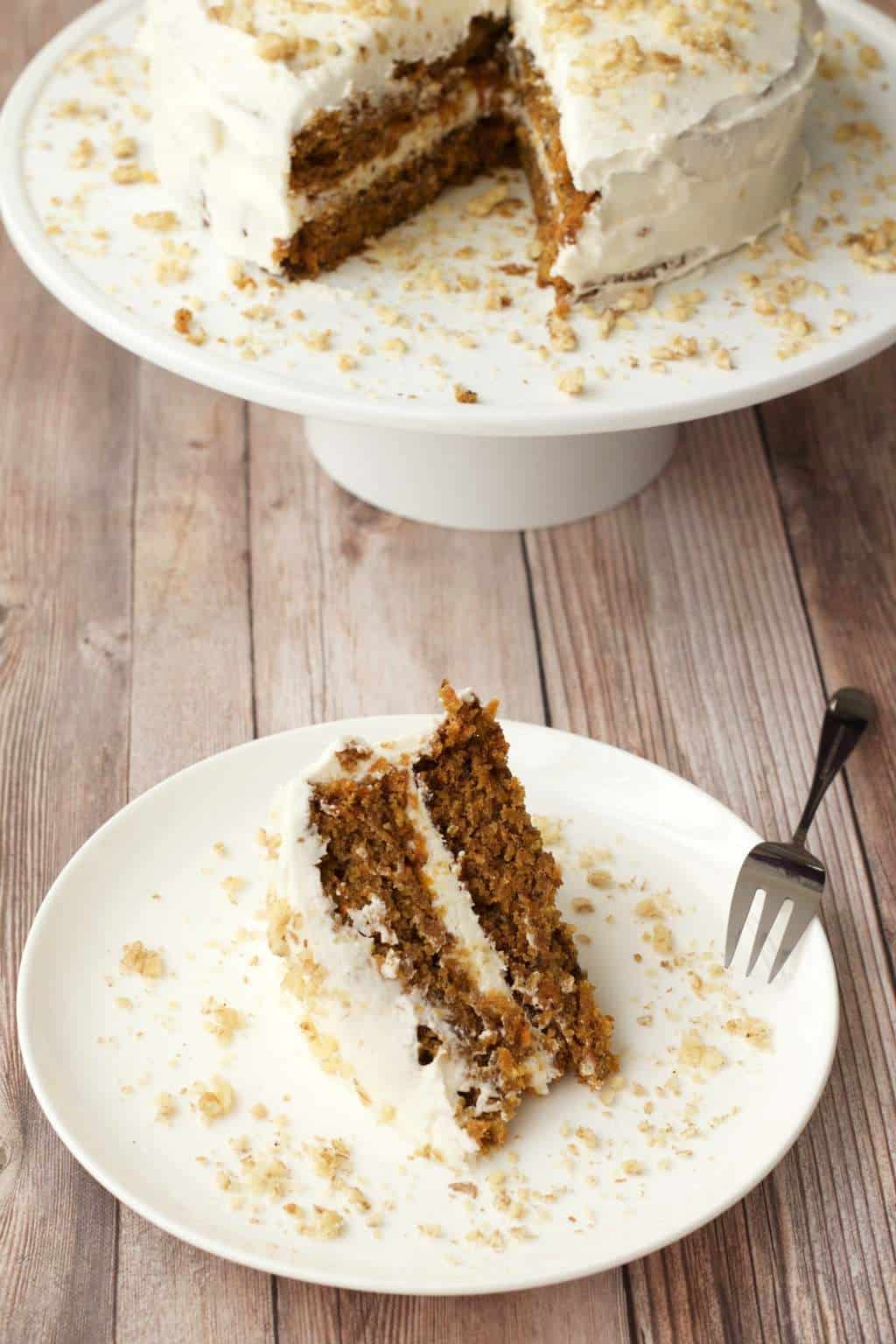 Moist Vegan Carrot Cake with Lemon Buttercream Frosting #vegan #lovingitvegan #carrotcake #cake #dessert