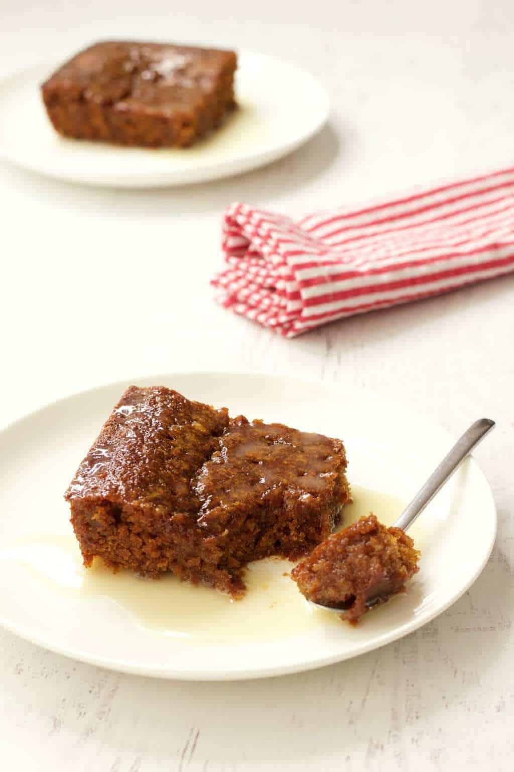 Sticky Vegan Malva Pudding #vegan #dessert #lovingitvegan #malva #pudding