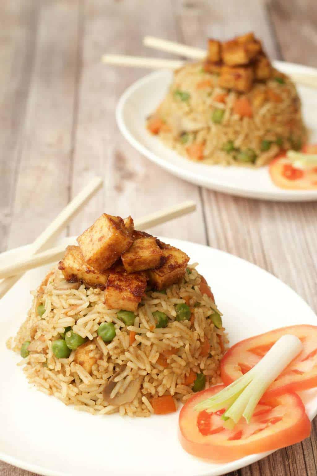 Green Curry Fried Rice with Crispy Baked Tofu #vegan #lovingitvegan #entree #dinner #thai