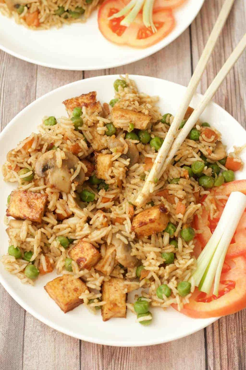 Green Curry Fried Rice with Crispy Baked Tofu #vegan #lovingitvegan #entree #dinner #thai