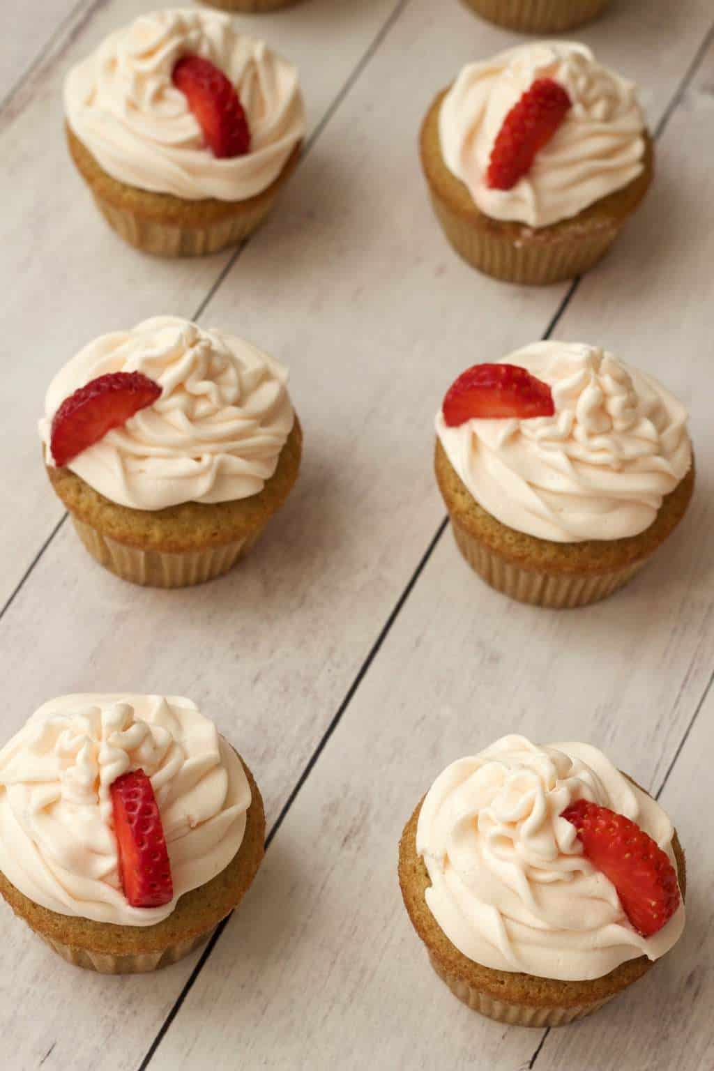 Vegan Vanilla Cupcakes with Strawberry Vanilla Frosting #vegan #lovingitvegan #vanilla #cupcakes #dessert #cakes