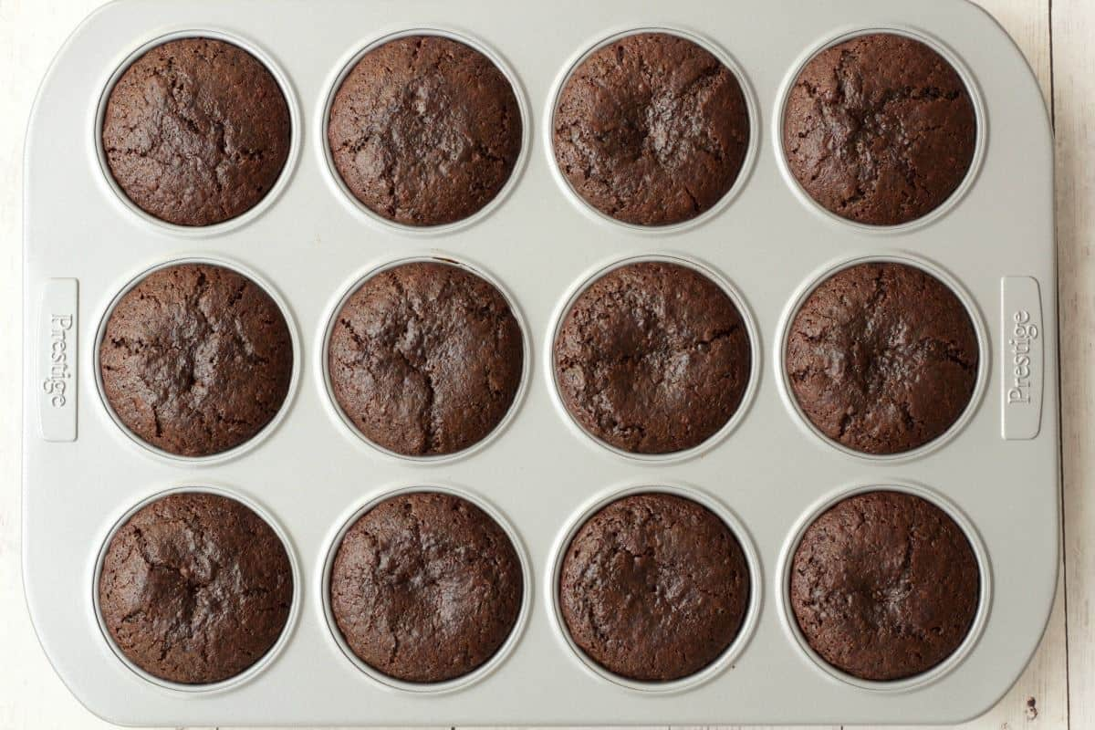 Making Gluten-Free Chocolate Cupcakes #vegan #lovingitvegan #glutenfree