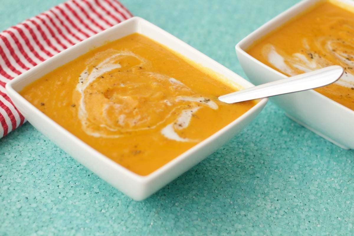 Spicy Thai Carrot and Sweet Potato Soup #vegan #lovingitvegan #glutenfree #dairyfree #appetizer #soups