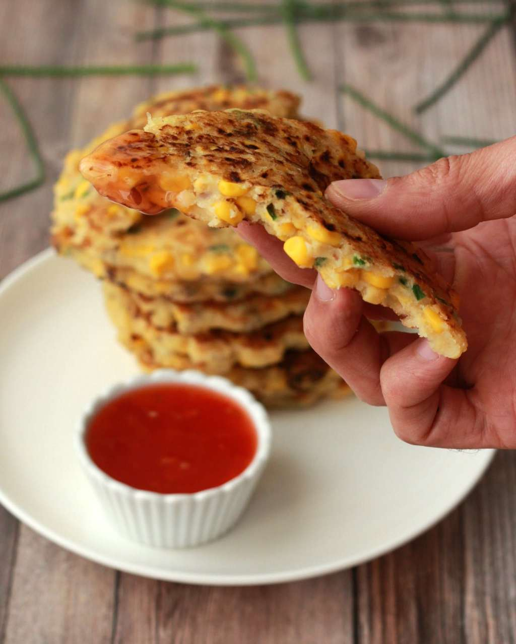 Vegan Corn Fritters #vegan #lovingitvegan #breakfast #eggfree #dairyfree