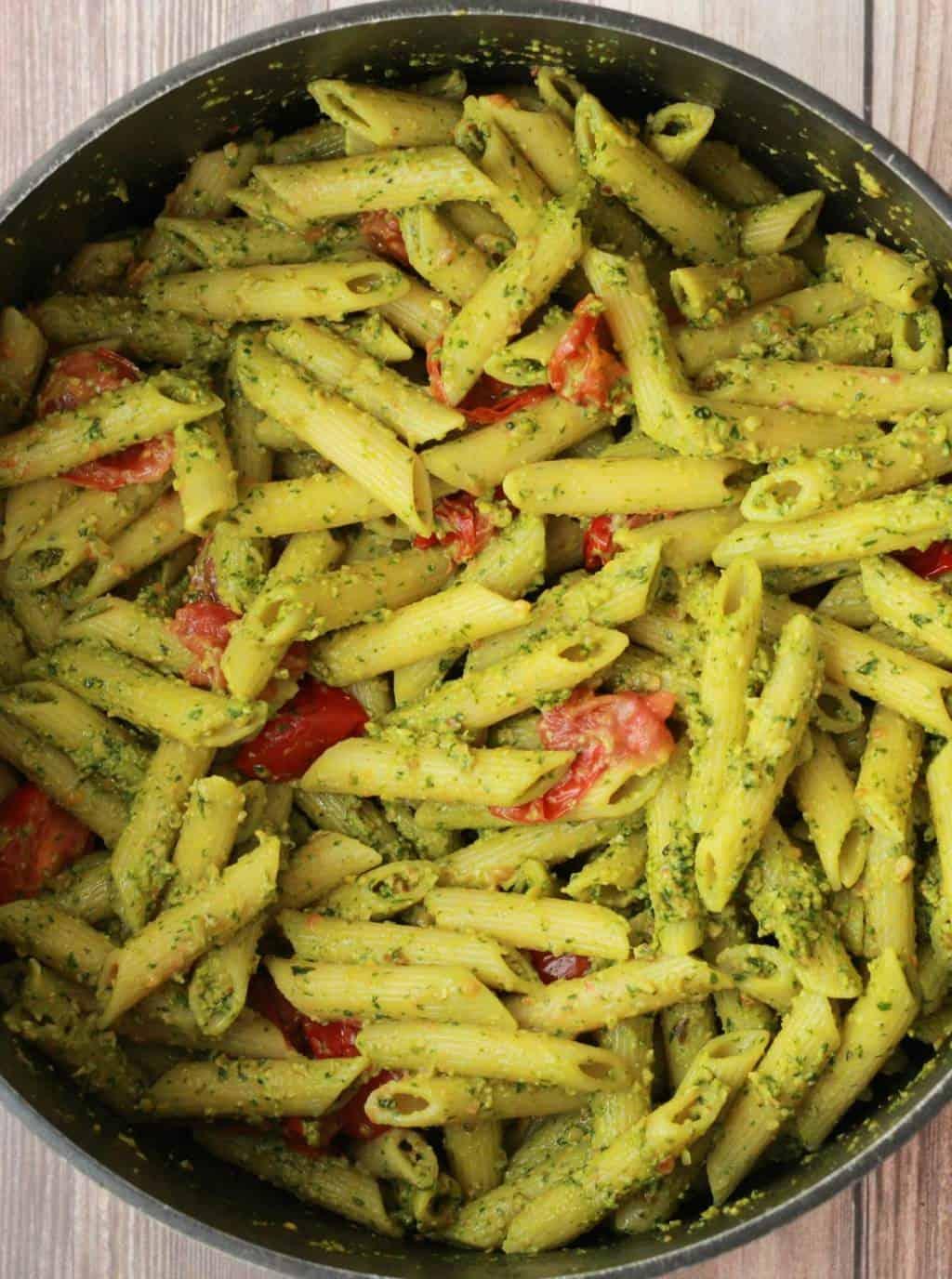 Vegan Pesto Pasta with Pan-Roasted Cherry Tomatoes #vegan #l..