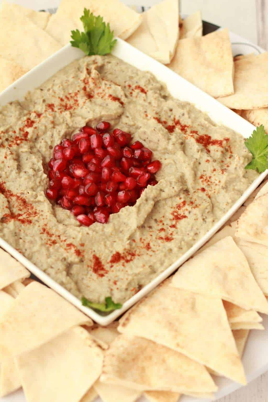 The Easiest Baba Ganoush #vegan #glutenfree #babaganoush #lovingitvegan #middleeastern #moutabel