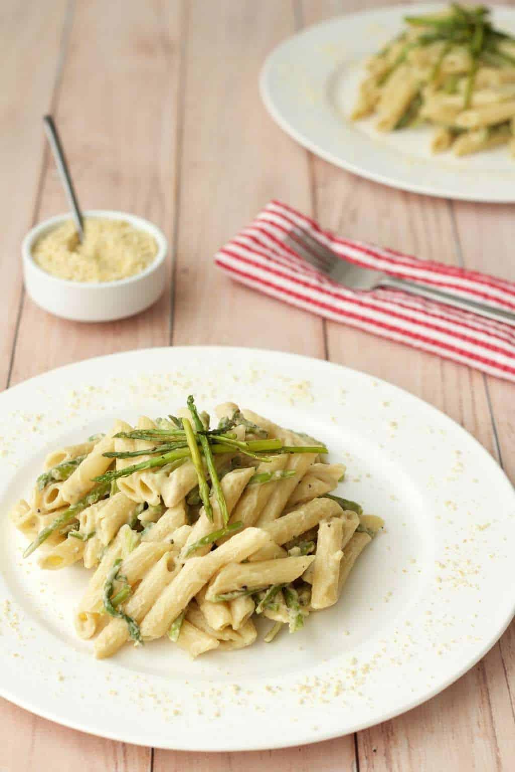 Creamy Asparagus Pasta #vegan #lovingitvegan #dairyfree #pasta #entree