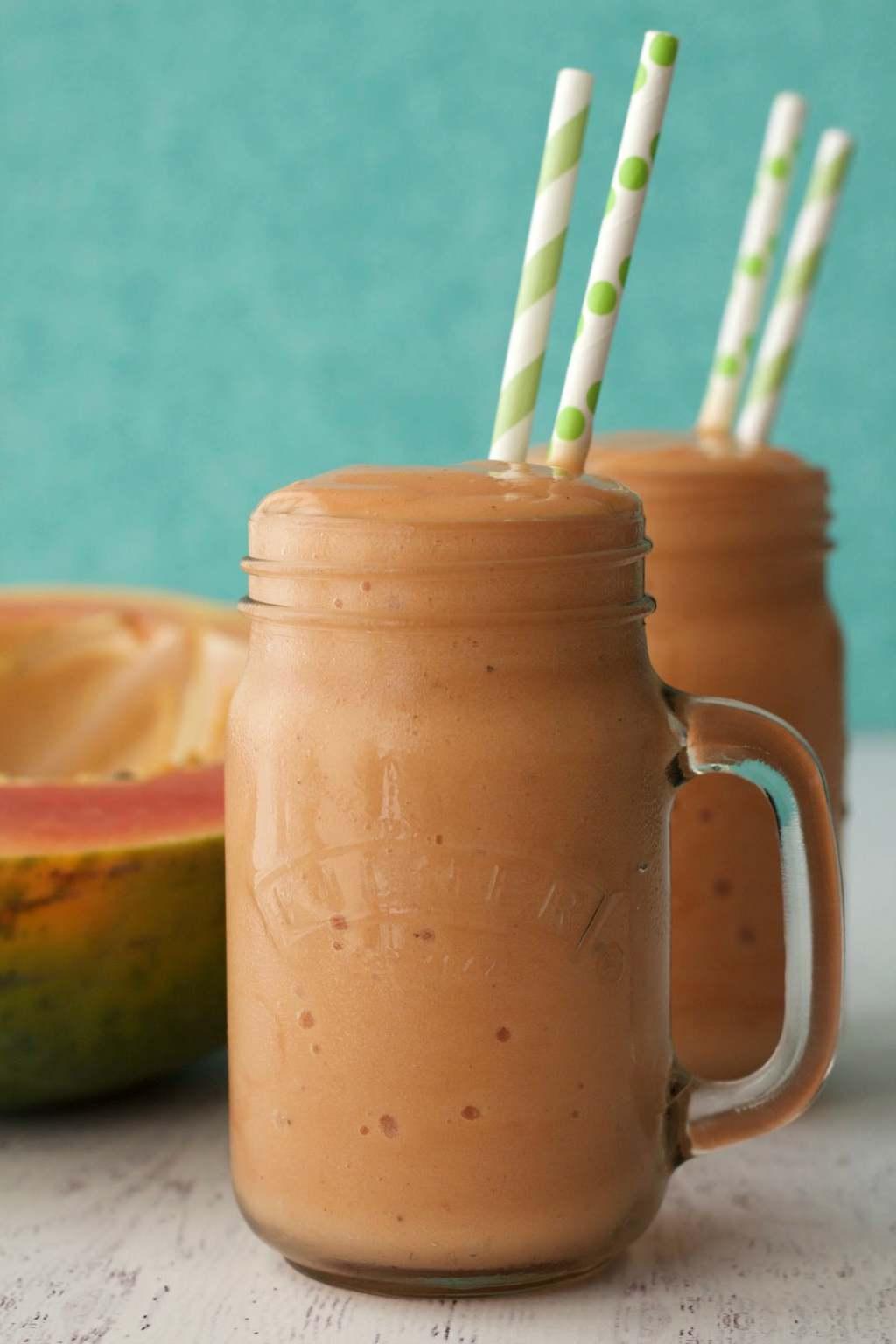 Double-Thick Papaya Smoothie #vegan #lovingitvegan #smoothie #papayasmoothie