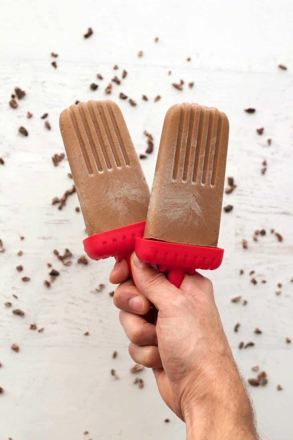 Vegan Dark Chocolate Popsicles #vegan #lovingitvegan #chocolatepopsicles #dessert #snack #glutenfree #dairyfree