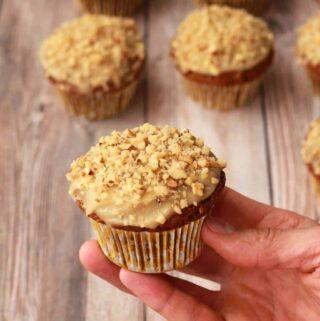 Vegan gluten free carrot cake cupcakes