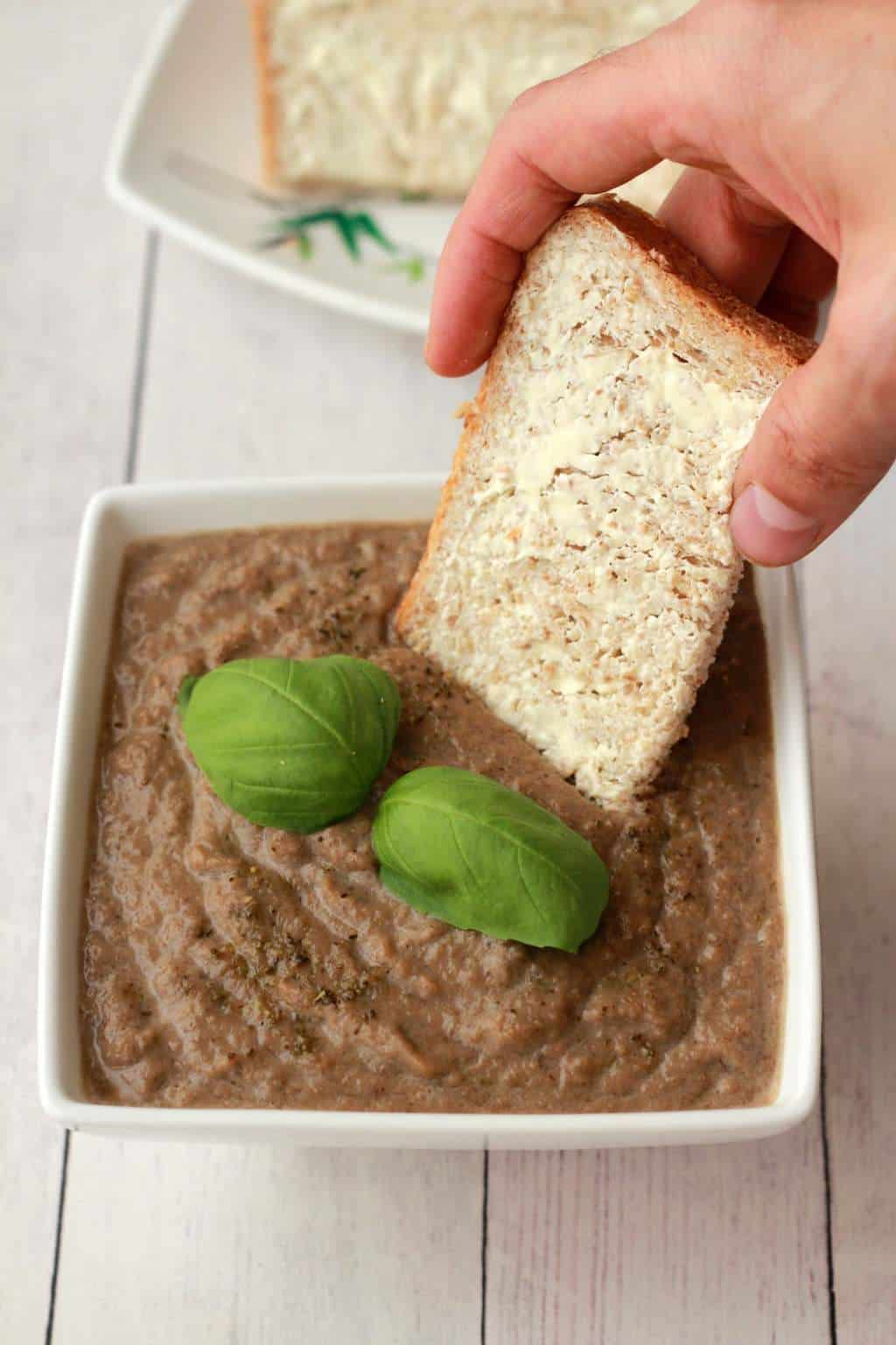 Vegan Cream of Mushroom Soup #vegan #lovingitvegan #appetizer #mushroomsoup #glutenfree