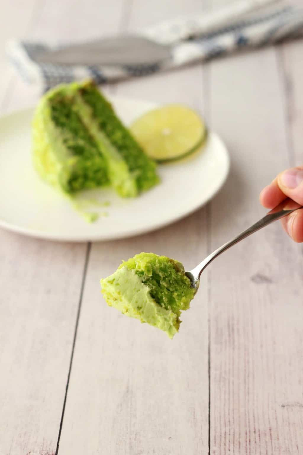 Vegan Key Lime Cake #vegan #lovingitvegan #vegancakes #dessert #keylime