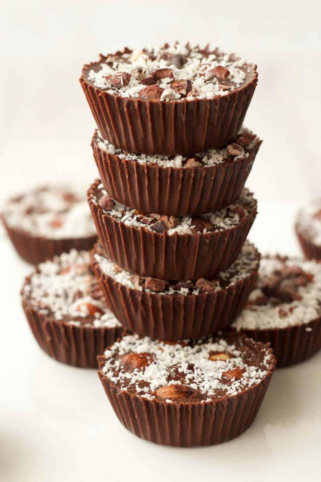 Raw Chocolate Hazelnut Cups #vegan #lovingitvegan #raw #rawvegan #chocolate #dessert #glutenfree #dairyfree