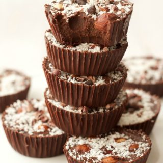 Raw Chocolate Hazelnut Cups