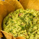 Simple Vegan Guacamole