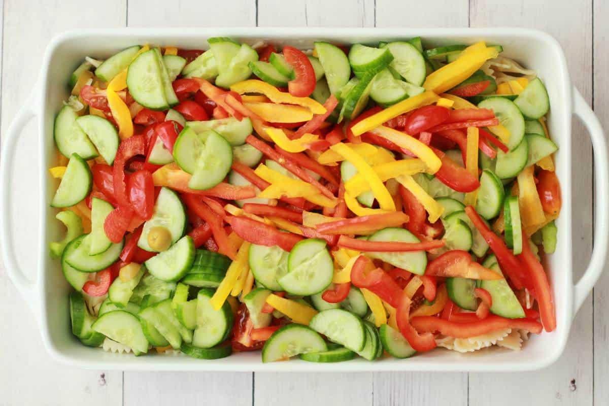 Making a Vegan Pasta Salad #vegan #lovingitvegan #entree #pastasalad