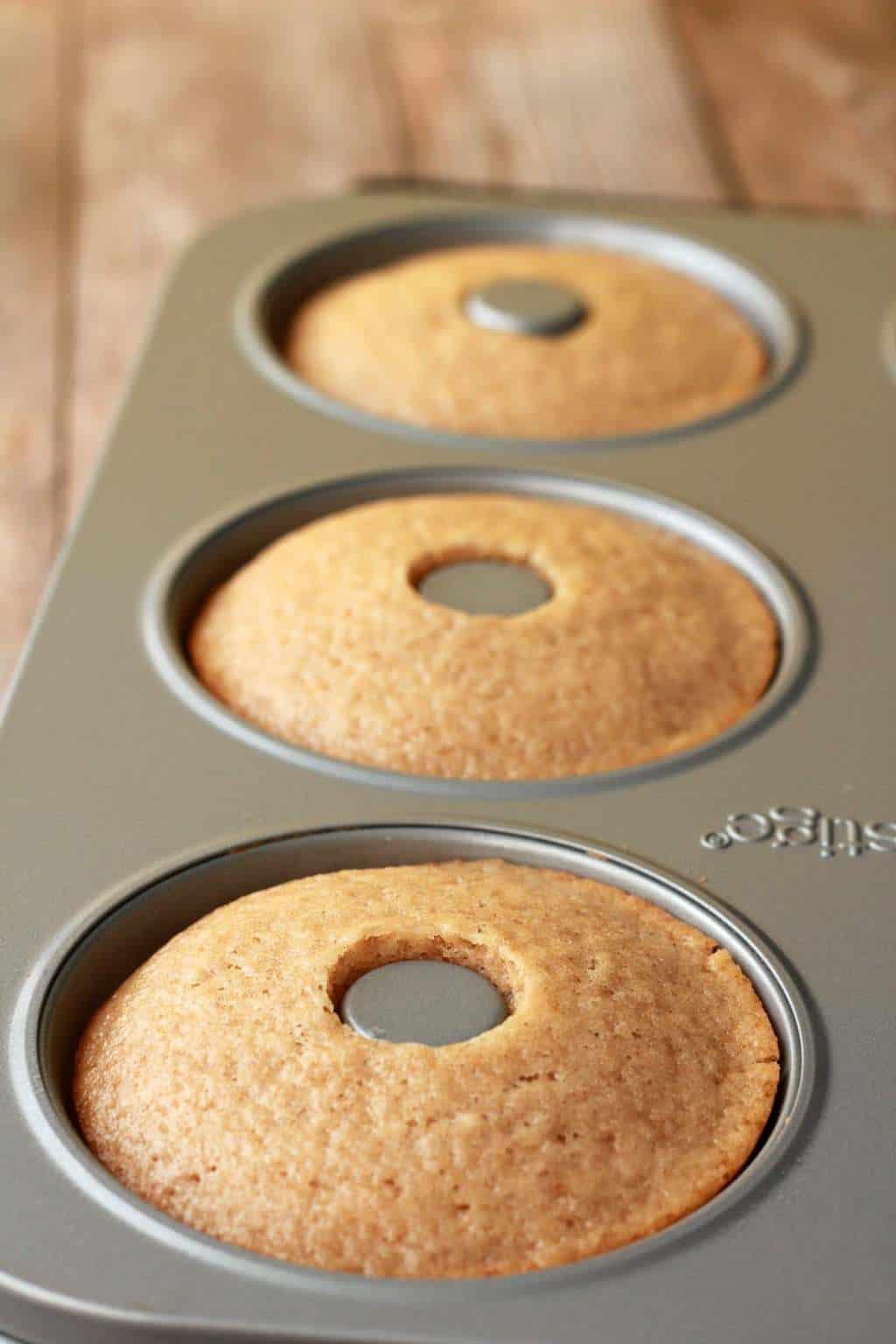 Making Baked Vegan Donuts #vegan #lovingitvegan #donuts #dessert