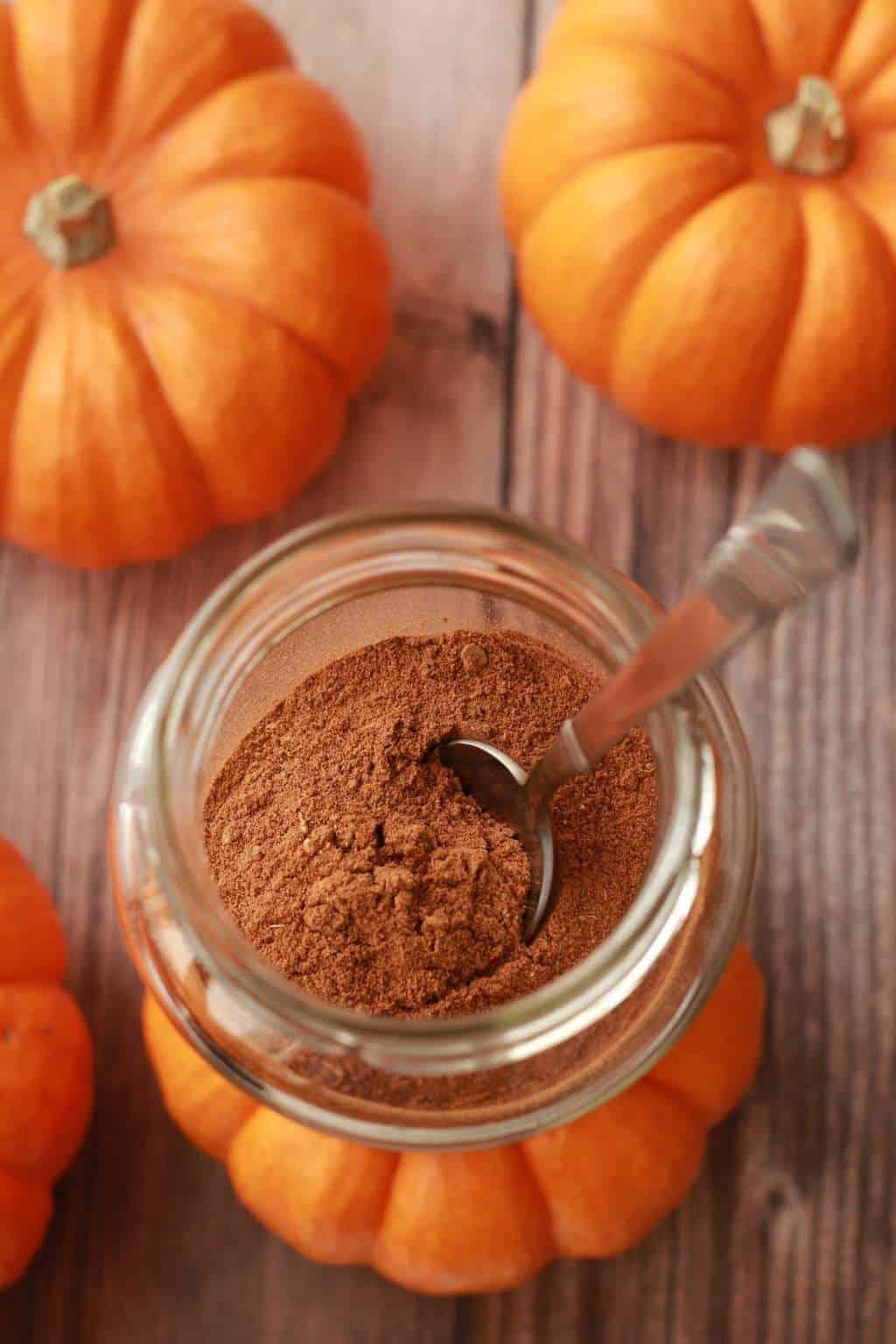 Spice in pumpkin pie