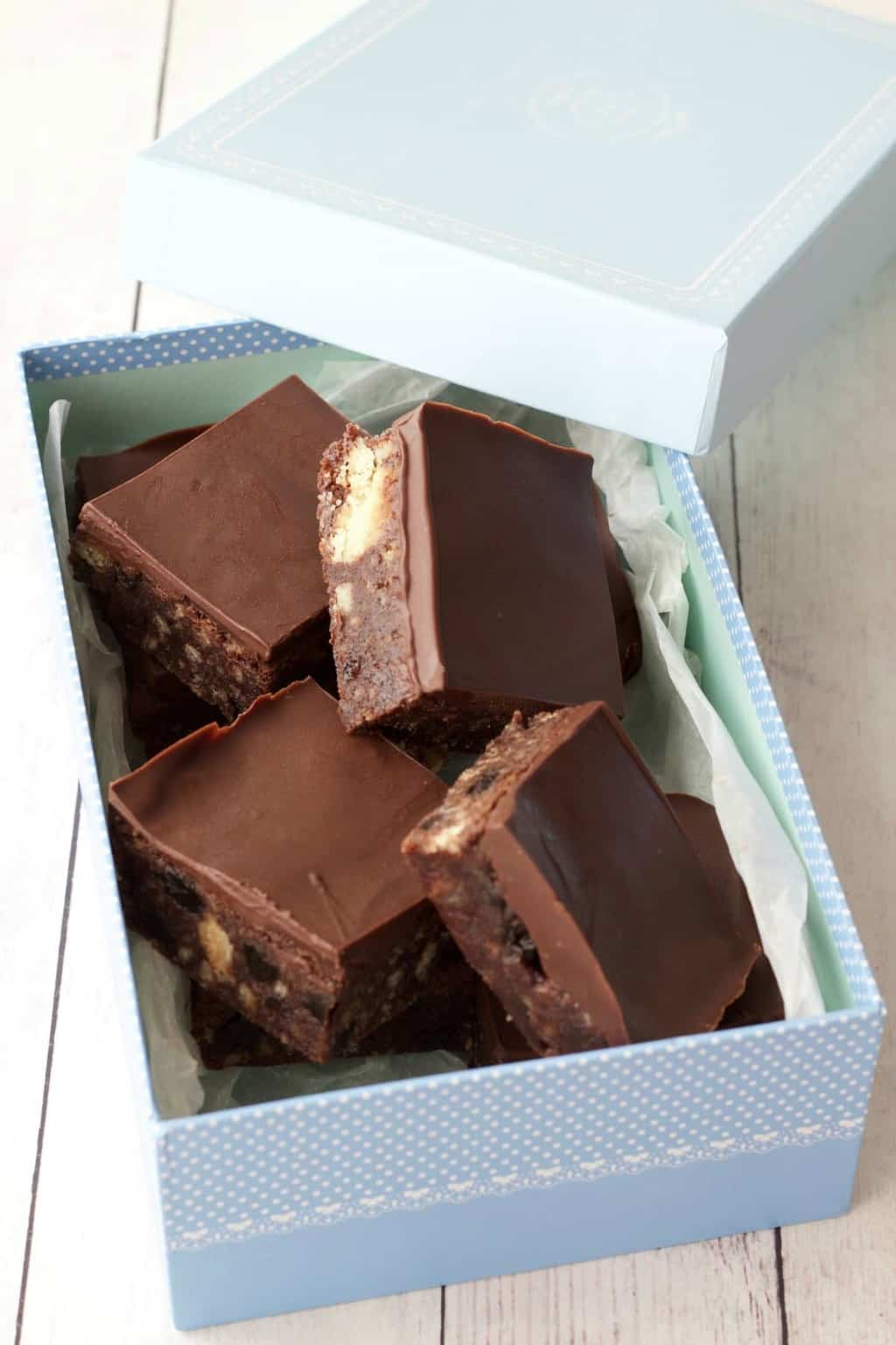 Shortbread and Raisin Chocolate Tiffin - Loving It Vegan