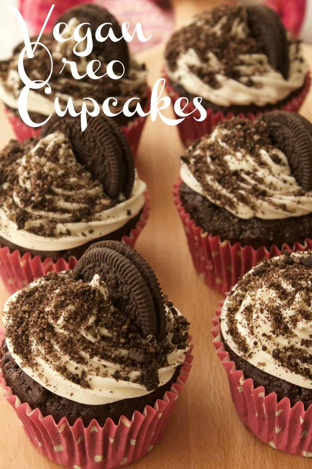 Rich and moist vegan oreo cupcakes with vanilla frosting, oreo sprinkles and an entire oreo cookie baked into the base! Vegan | Oreo Cupcakes | Vegan Cupcakes | Vegan Dessert
