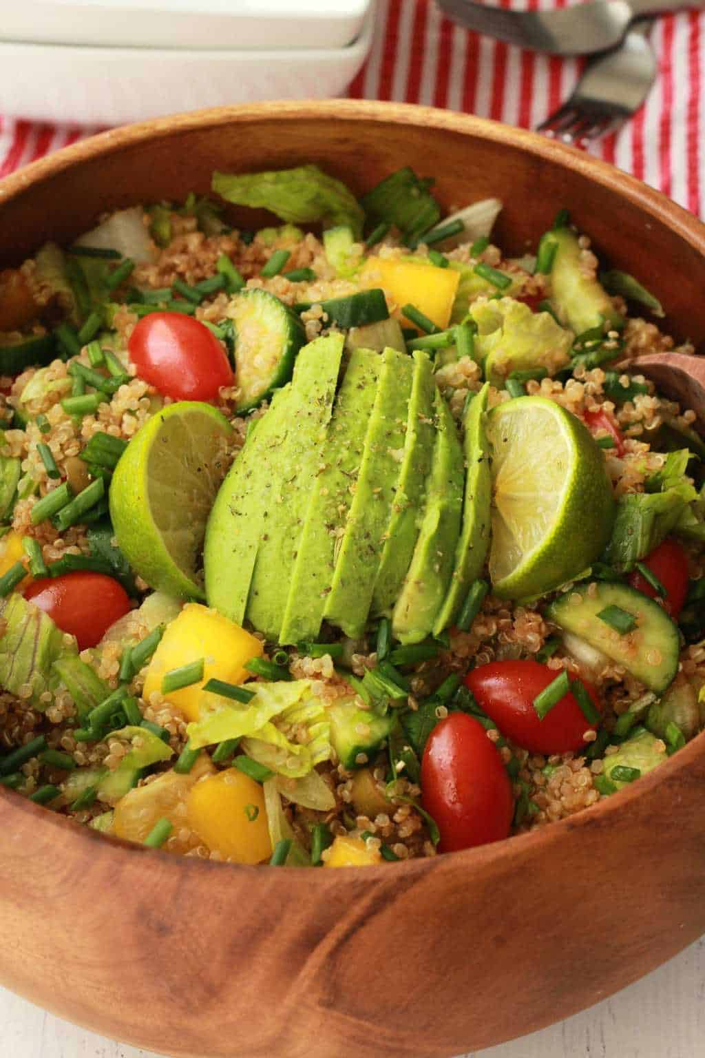 Fabulously healthy Quinoa Salad with Sesame Soy Dressing. Vegan and Gluten-free! #vegan #lovingitvegan #glutenfree #quinoasalad #entree