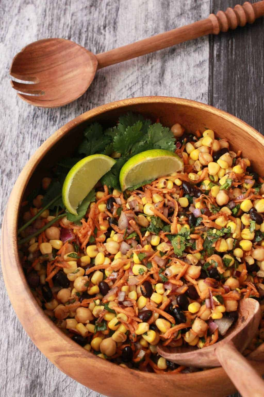 Black Bean and Corn Salad. Vegan and Gluten-Free. #vegan #lovingitvegan #salads #sides