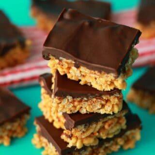Vegan peanut butter rice krispie treats in a stack.