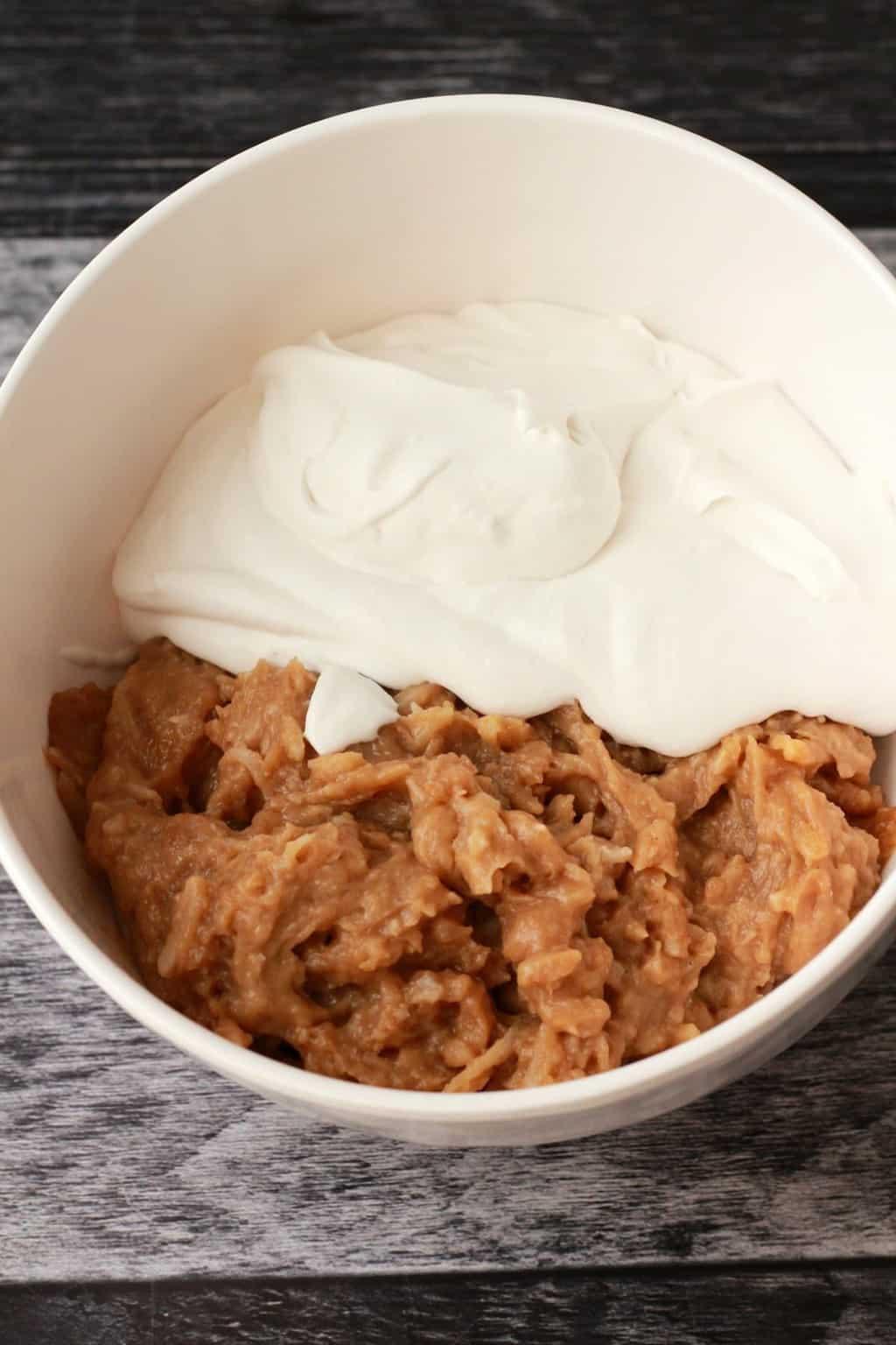 Making a Vegan Coconut Cream Pie #vegan #lovingitvegan #dessert #pie #dairyfree #glutenfree