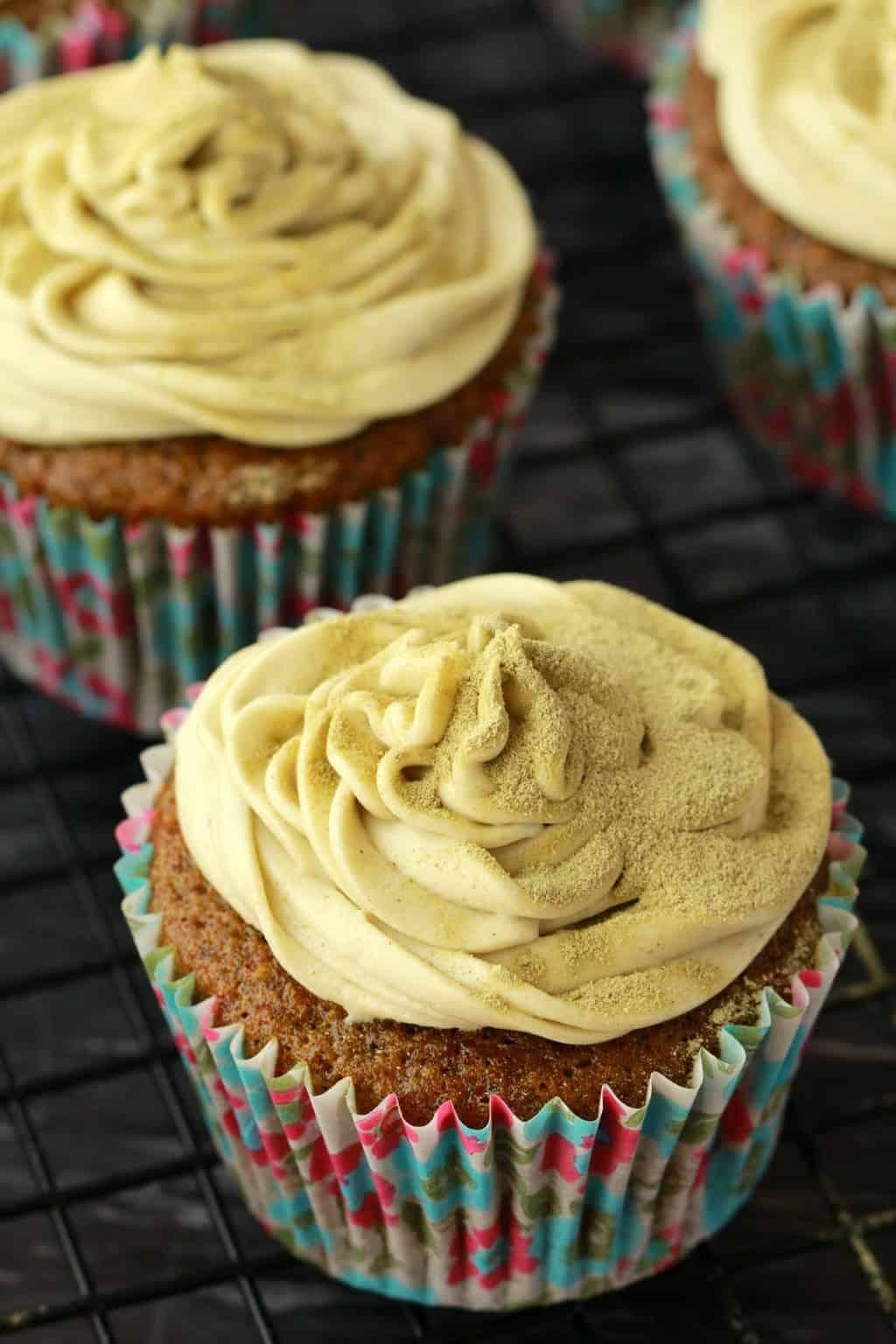 Vegan Matcha Green Tea Cupcakes with Velvety Matcha Green Tea Frosting! Moist, fluffy and delicious! #vegan #lovingitvegan #cupcakes #matcha #dessert