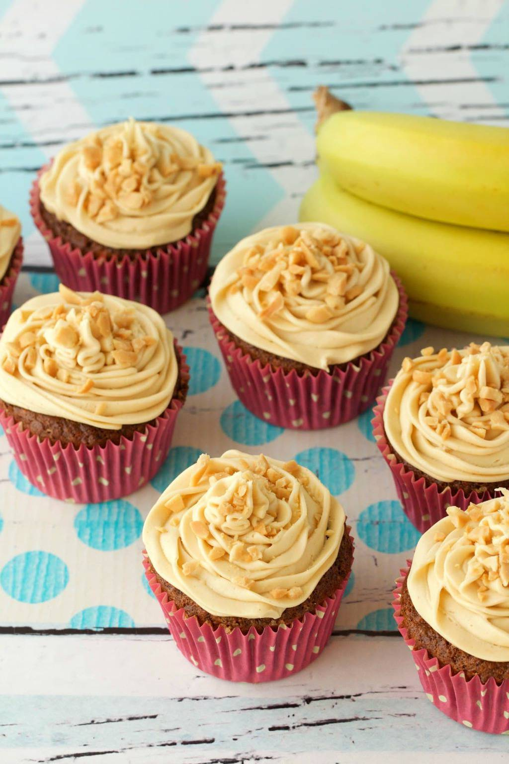 Vegan Banana Cupcakes with Peanut Butter Frosting. Moist and delicious! #vegan #lovingitvegan #bananacupcakes #dessert