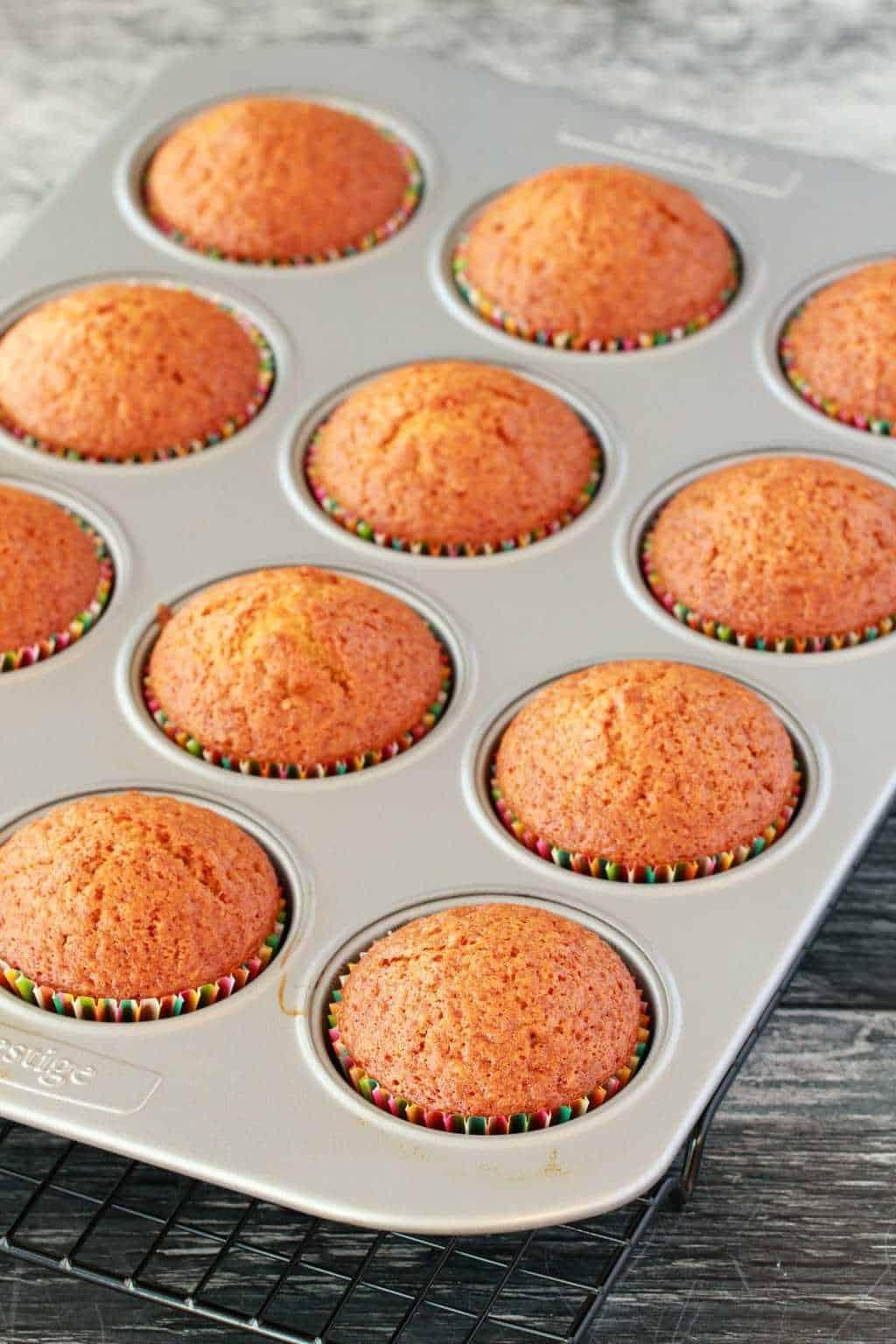 Making Vegan Peppermint Cupcakes #vegan #lovingitvegan #cupcakes #dessert