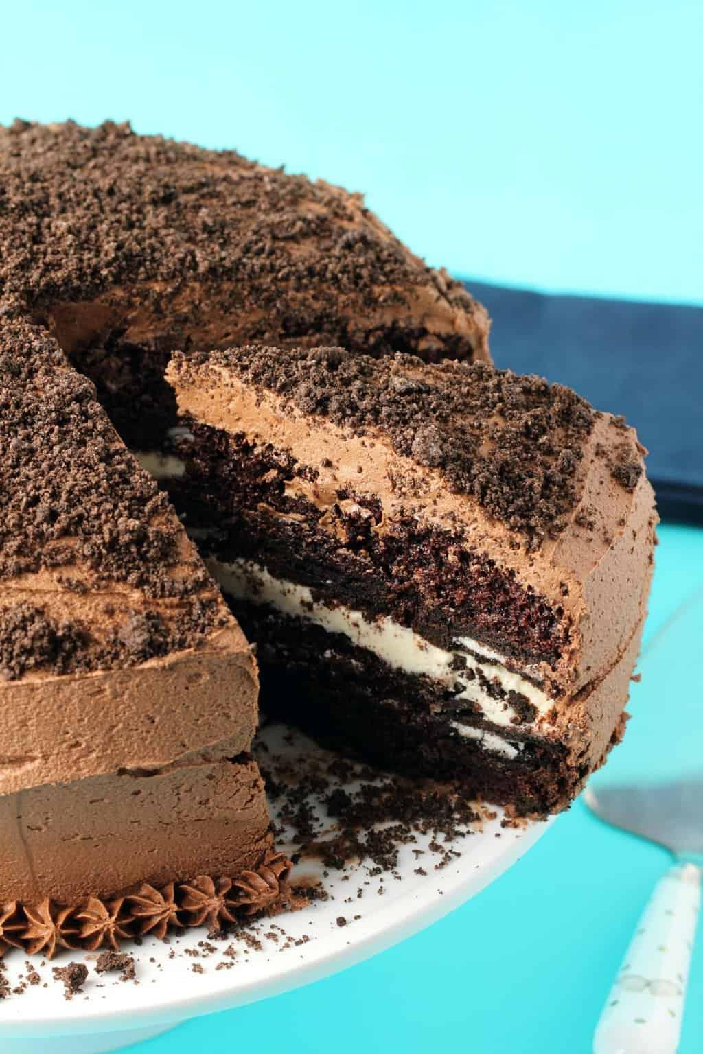 Vegan Oreo Cake - Loving It Vegan