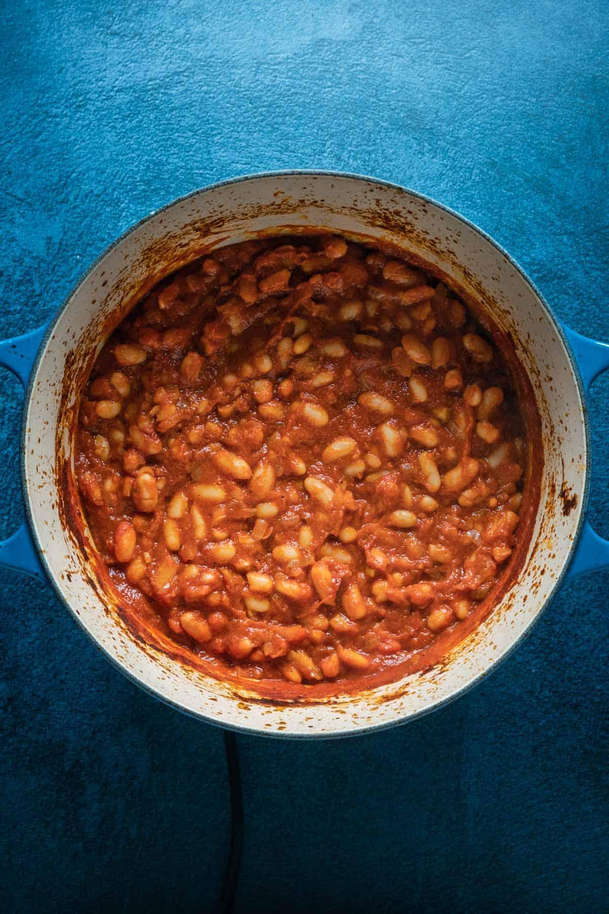 Vegan baked beans in a pot.